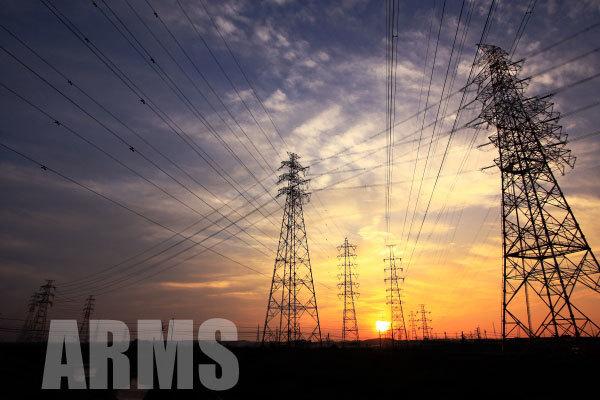 鉄塔のある風景 沢山の鉄塔と送電線