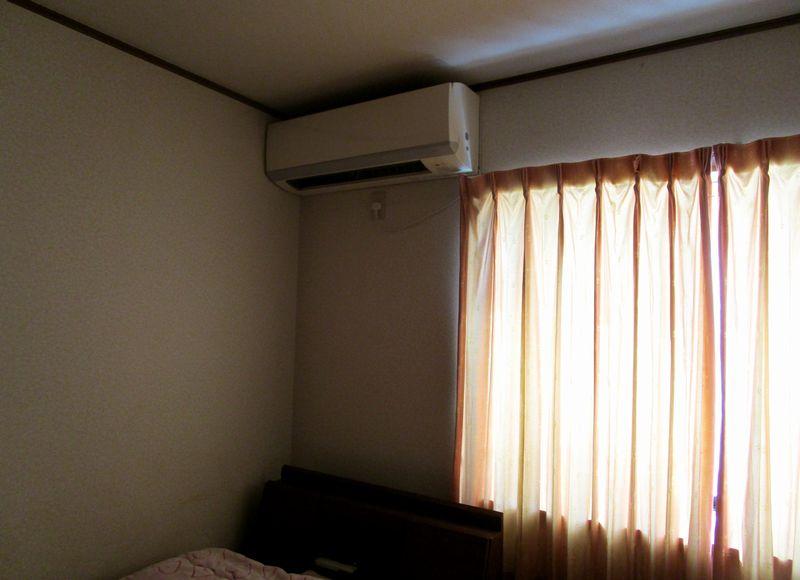 寝室、オーダーカーテンに変える (4)