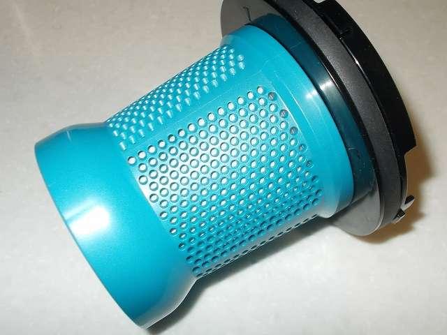 ツインバード ハンディーサイクロンクリーナーのプリーツフィルターとアウターフィルターの間に、マキタ高性能フィルターを装着させる方法