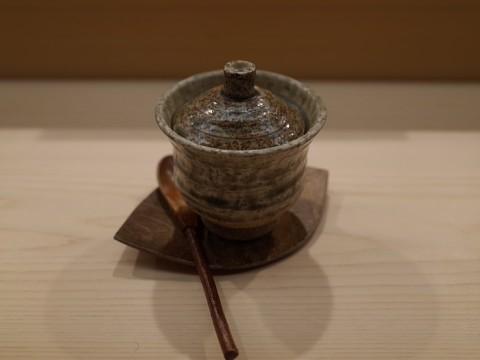 essugita04.jpg