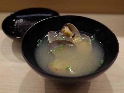 essugita36.jpg