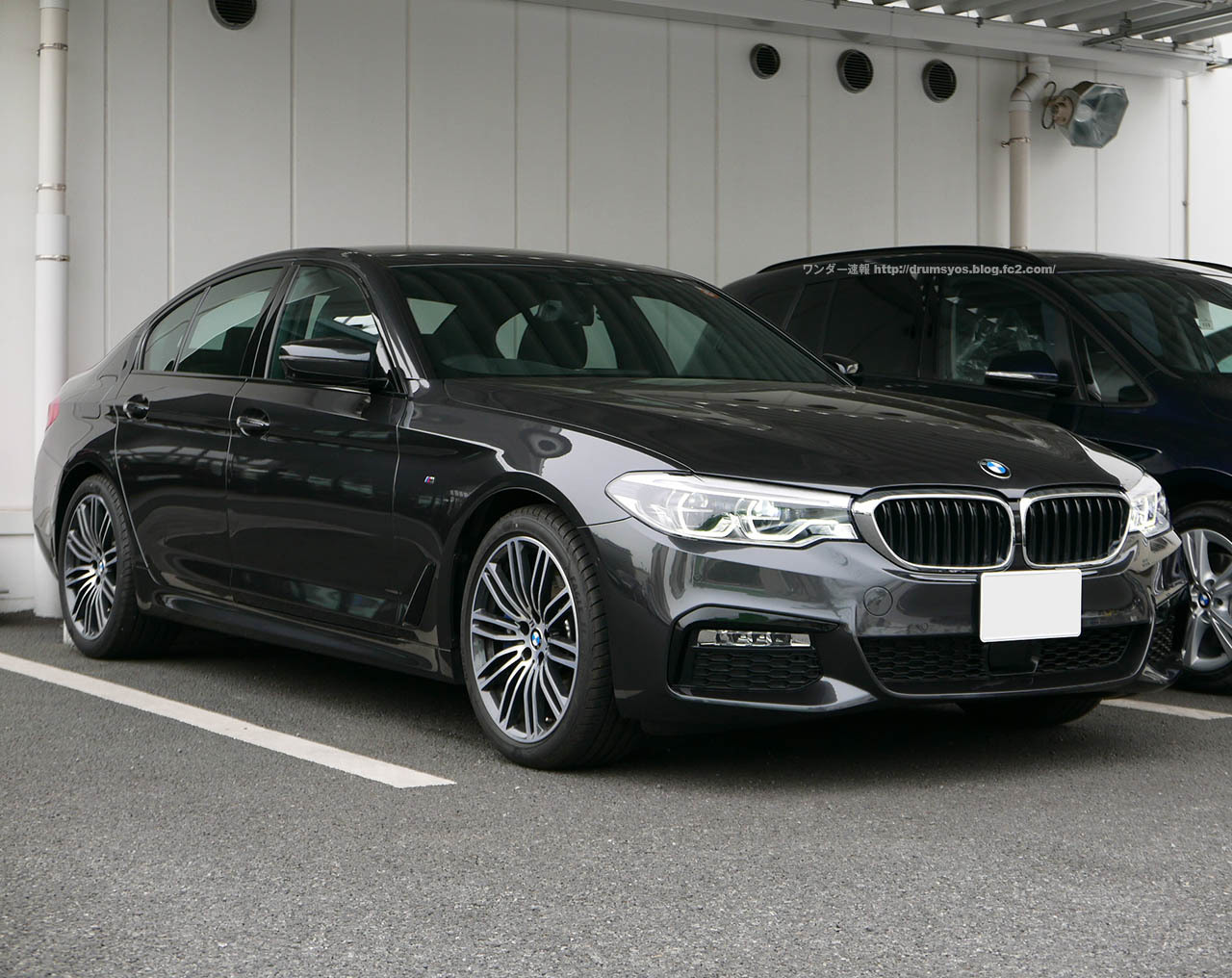 BMW5_01.jpg