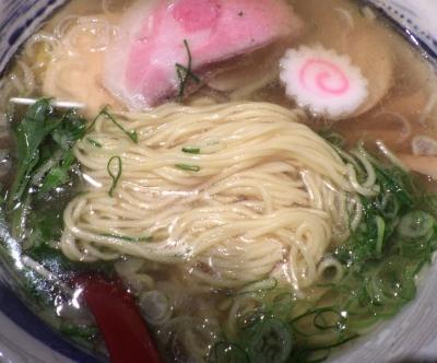 ひのき屋 丸鶏塩中華そば(麺のアップ)