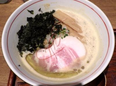 麺と心 7 雲丹白湯ラー麺
