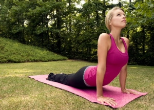 16316-a-young-woman-stretching-before-exercise-pv_20170423070527aab.jpg