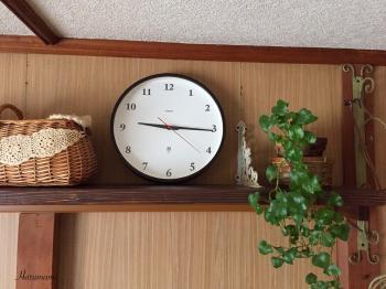 新しく買った壁掛け時計と、買う物に少し変化が出てきた件