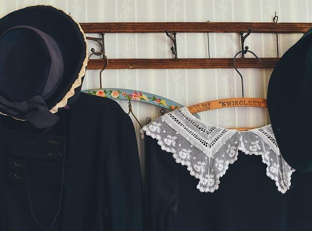 フォーマルウェア専門店で教わった「黒い洋服についた汚れ」の取り方