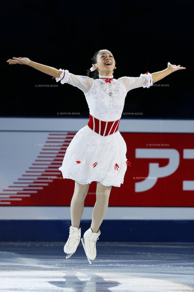 mao-asada-marry-poppins-figure-skating-exhibition-2012-201321.jpg