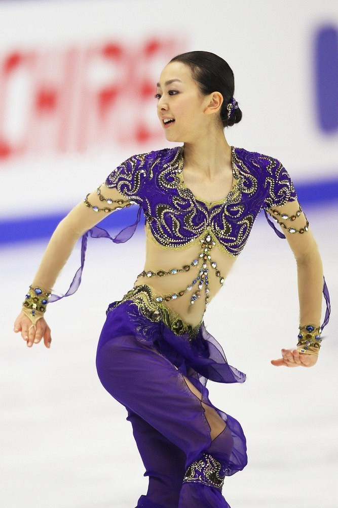 scheherazade-figureskating-mao-asada-step-sequence21.jpg