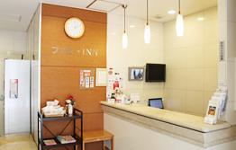 【社・P/A】ビジネスホテルのナイトフロントスタッフ募集!