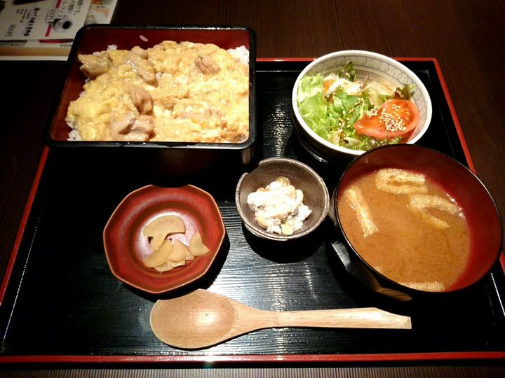 sfp-dinning_toriyoshi-oyako-01_201608.jpg