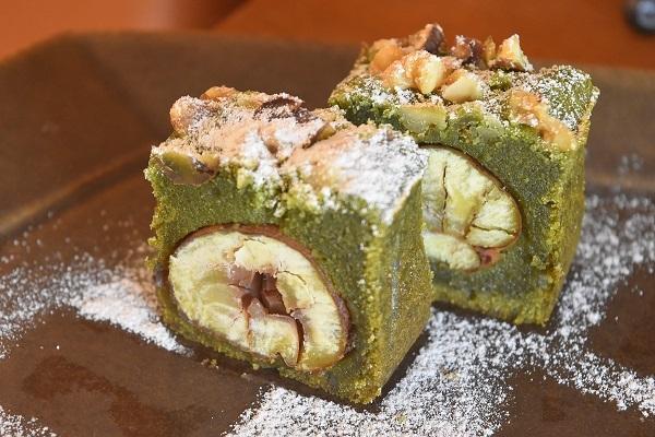 栗の和菓子風ケーキ
