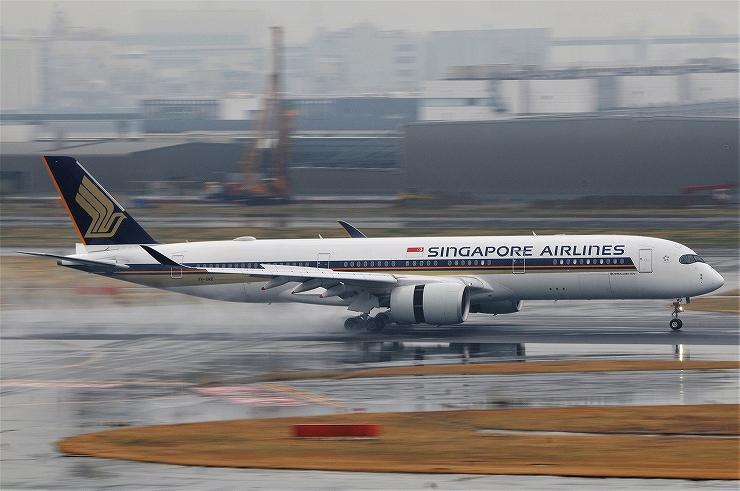 A350_9V-SMB_HND_17031523.jpg
