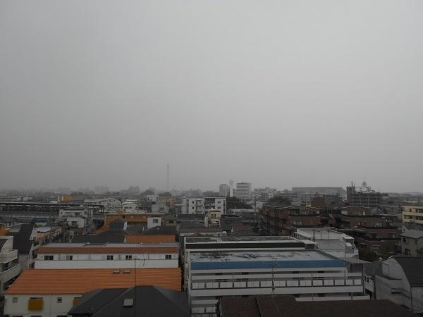 181023up02天気予報はずれ小雨降って来た