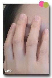 手で隠す (12)