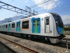 横瀬基地側留置線のS-TRAIN