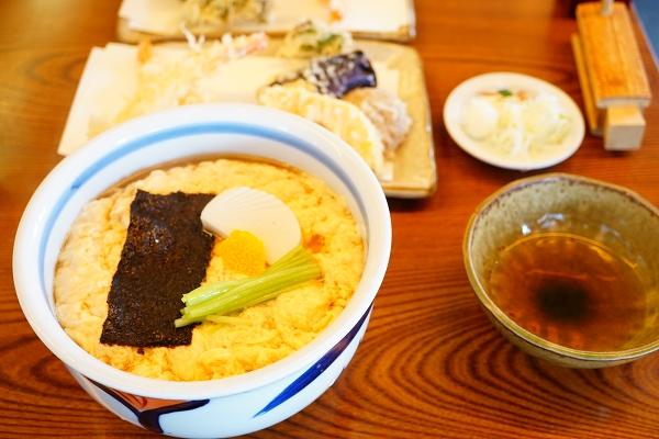 【中川】天付き玉子とじ蕎麦