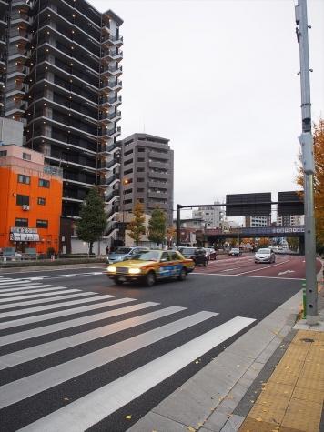 国道4号線【足立市場前交差点付近】