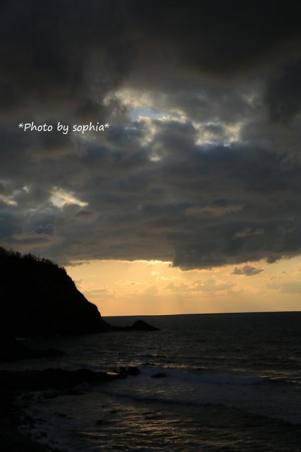 夕刻・海にて