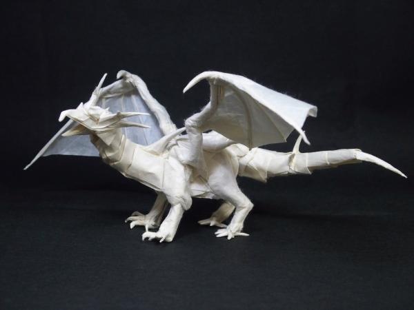 ドラゴン2016