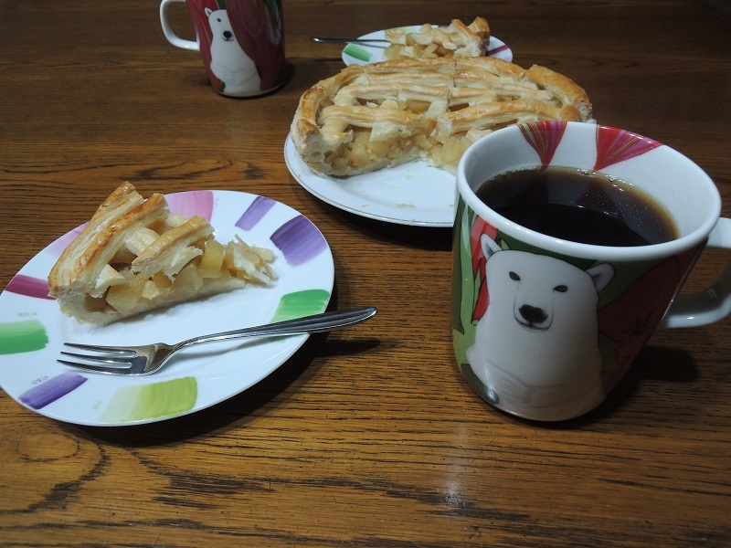珈琲とアップルパイ