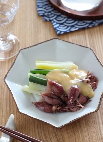 葉玉ねぎとホタルイカの酢味噌和え1