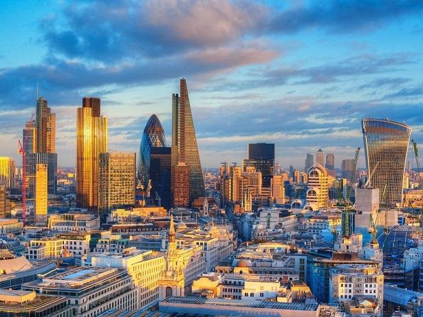 シティ・オブ・ロンドン 3