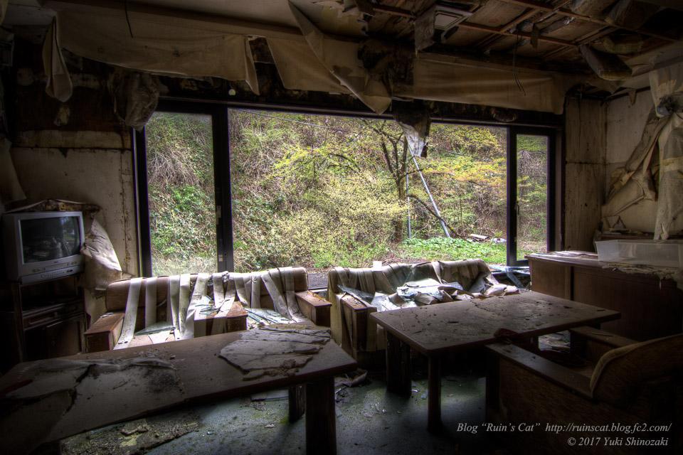 【廃墟】Gシステム_社長室