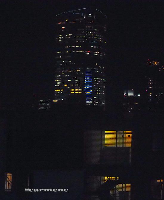 六本木ヒルズ接近夜景