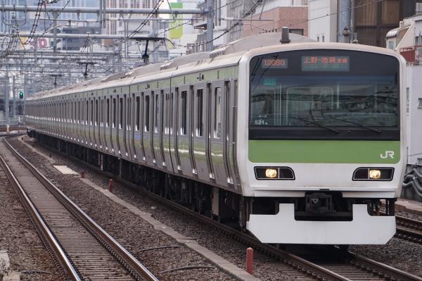 2017-02-18 山手線E231系トウ521編成 上野・池袋方面行き