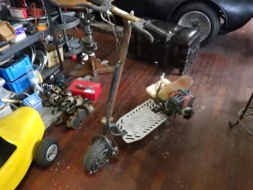 エンジン付きキックボード分解 (1)