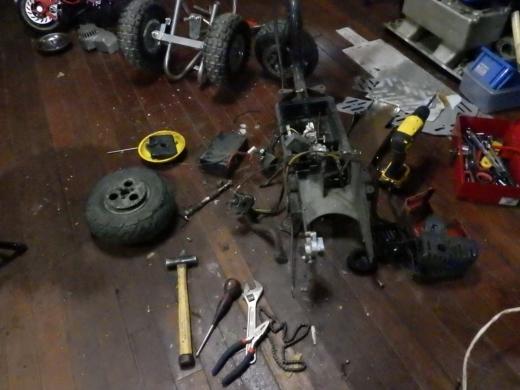 エンジン付きキックボード分解 (49)