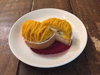 2018ベイクドチーズとかぼちゃのモンブラン風タルト②