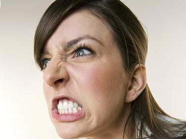 Angry_woman_1833003.jpg