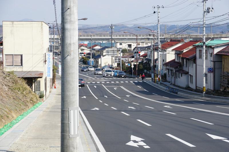 uchi_kanjo_inter_section.jpg